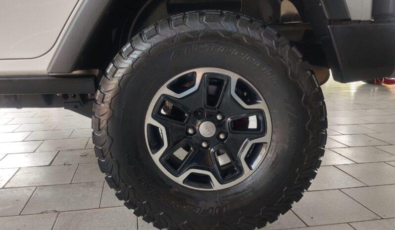 Jeep Wrangler Unlimited Sahara 2015 full