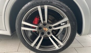 Porsche Cayenne GT S 2014 full