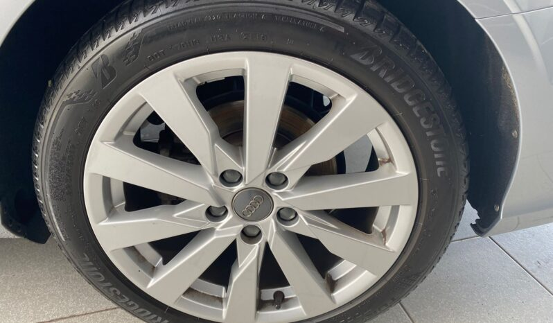 Audi A3 Select 2019 full